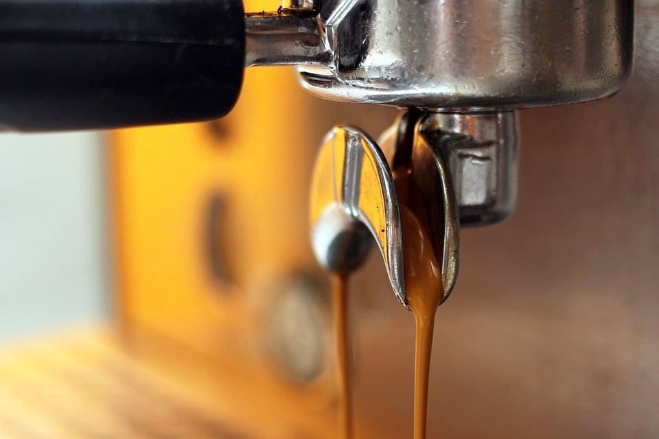 Iniaina.com_Entreprise un café de qualité avec un distributeur automatique