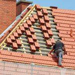 La toiture est une partie critique de l'habitat, sa bonne tenue est indispensable pour le bien-être des habitants. C'est pour cette raison qu'elle doit être contrôlée et entretenue régulièrement.