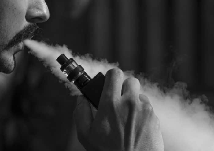 Pourquoi investir dans une Franchise de cigarette électronique ?