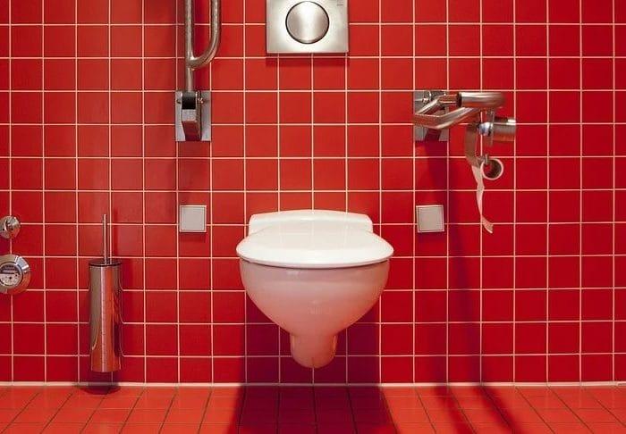 Que faire en cas de WC qui fuit ?